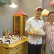 Diễn viên Quốc Bảo mua Đá Thạch Anh Phong Thủy Tại kimtuthap.vn